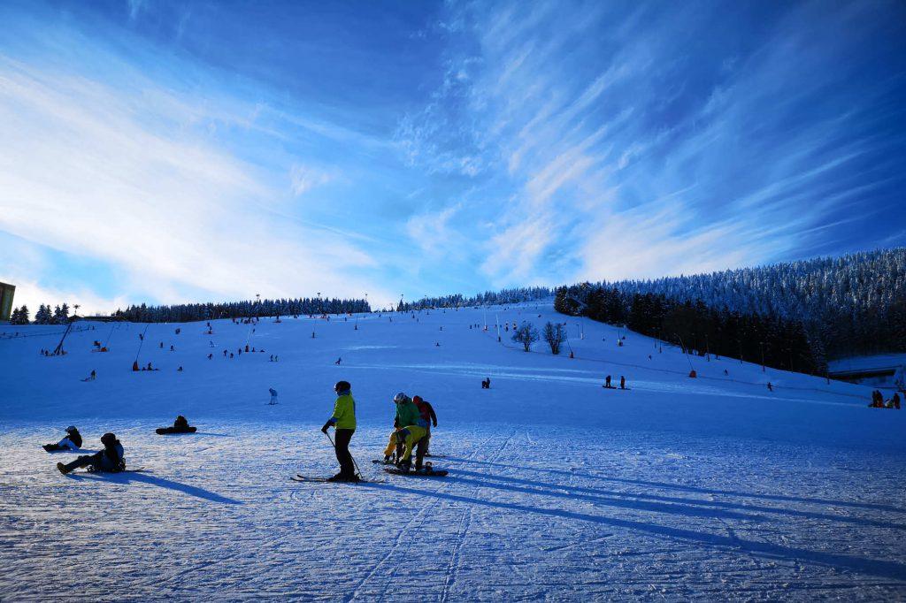 Impressionen Winter blaue Romantik auf der Piste