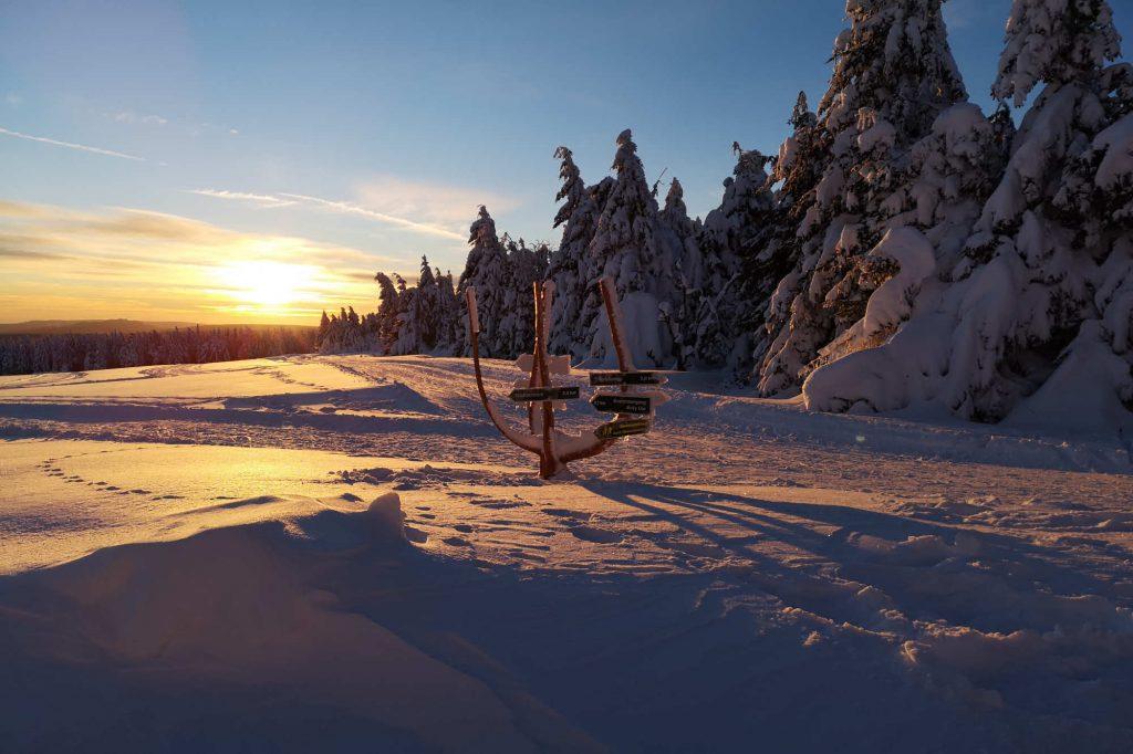 Impressionen Winter Sonnenuntergang und viel Schnee