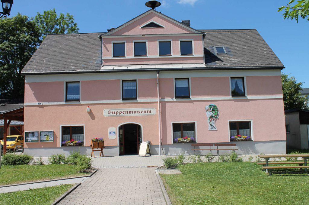 Impressionen Sommer Suppenmuseum in Neudorf