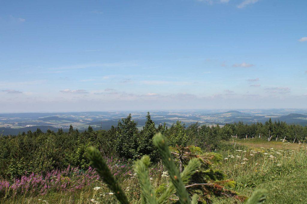 Impressionen Sommer Blick vom Fichtelberg